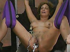 BDSM MILF Squirt