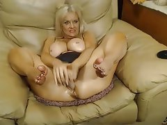 Big Boobs Mature MILF Webcam