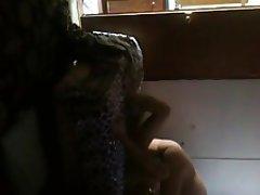 Amateur Cuckold Cunnilingus Face Sitting