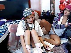 Amateur Lesbian Webcam