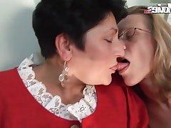Amateur German Lesbian Mature