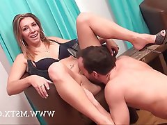Amateur Babe Casting Cunnilingus French