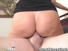 Blowjob Face Sitting MILF Old and Young