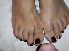 Amateur Foot Fetish Masturbation Cumshot