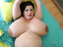 Big Boobs Masturbation Mature Nipples