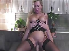 Amateur Big Boobs Blonde MILF Old and Young