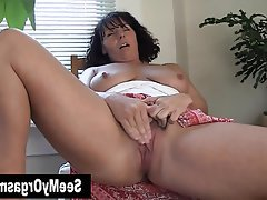 Amateur Brunette Masturbation MILF