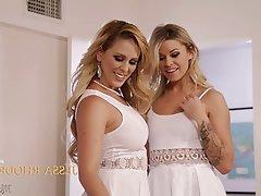 Big Boobs Blonde Lesbian MILF