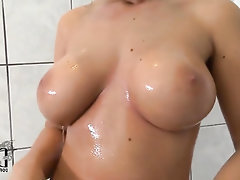 Babe Big Tits Ebony Masturbation