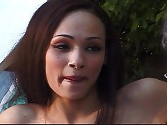 Cunnilingus MILF Old and Young Outdoor