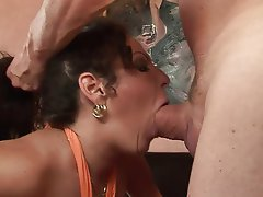 Big Boobs Big Butts Blowjob Brunette