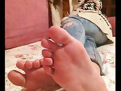 Amateur Brunette Cumshot Foot Fetish