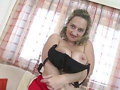 Amateur Granny Mature MILF