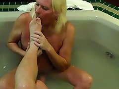 Amateur Cumshot Foot Fetish Mature