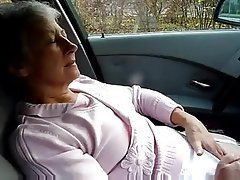 Amateur French Granny Masturbation