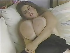 BBW Big Boobs Close Up Pornstar