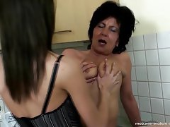 Hairy Granny Lesbian Mature Old and Young