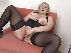 Big Boobs Big Butts Granny Mature MILF