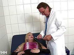 Anal Blowjob Doctor German