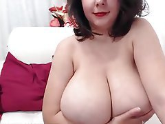 BBW Big Boobs Big Nipples Masturbation