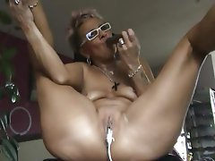 Amateur Dildo German Granny