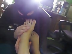 Amateur Close Up Foot Fetish Footjob