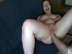 Amateur Fisting MILF Orgasm