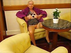 Blowjob Mature MILF Granny Outdoor