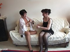 Brunette Granny Lesbian Mature