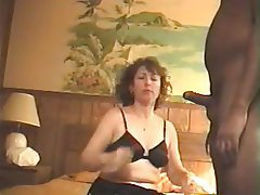 Amateur Blowjob Cheating MILF