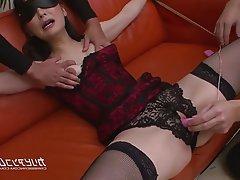 Asian BDSM MILF Squirt