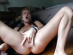 Babe Blonde Masturbation Squirt Webcam