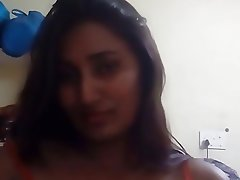 Amateur Babe Indian Softcore