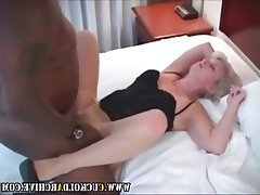Cuckold Interracial MILF Swinger