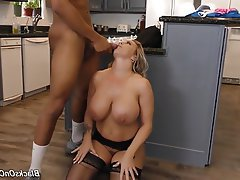 Big Boobs Mature MILF Group Sex