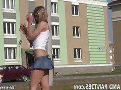 Amateur Babe Flashing Teen