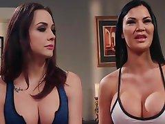 Big Boobs Lesbian Strapon