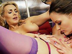 MILF Lesbian Big Boobs Blonde