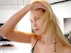 Amateur Blonde Casting