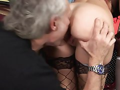 Teen Interracial MILF Blowjob