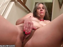 Mature Granny MILF Nylon Ass