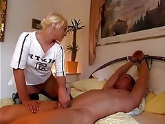 CFNM Cuckold Femdom German Handjob