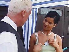 German Kissing Cunnilingus MILF