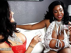 Big Boobs Interracial MILF Pornstar Threesome