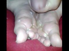 Amateur Cumshot Foot Fetish Footjob