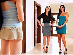 Mature Lesbian MILF
