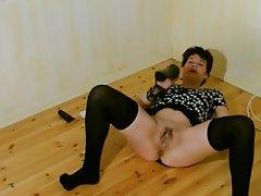 Amateur Nerd MILF Stockings