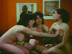 Hairy Lesbian Swinger Vintage