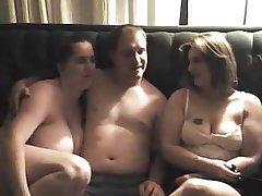 Blowjob Threesome