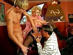 Blowjob Cumshot MILF Old and Young Threesome